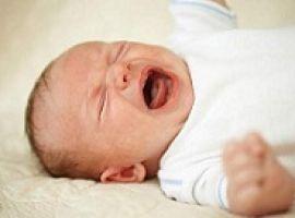 Làm gì khi bé khóc đêm