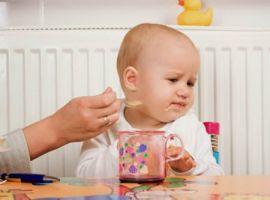 6 dấu hiệu nhận biết khi trẻ mọc răng