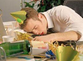 Mẹo hay giải quyết cơn đau đầu sau mỗi bữa nhậu