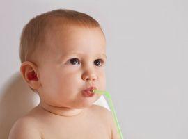 Hỏi: BoniKiddy là dạng viên thì cho bé uống thế nào, liều ra sao?