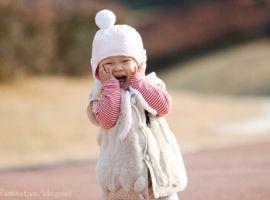 Chú ý cách chăm sóc trẻ khi mùa đông ấm bất thường
