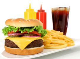 Đồ ăn chế biến sẵn không tốt cho bệnh tiểu đường