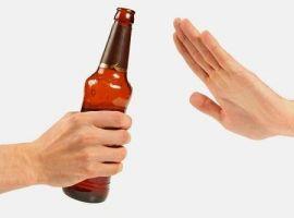 Không nên cai rượu đột ngột