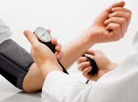 Kiểm soát huyết áp trong tầm tay