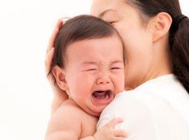 Mẹ ơi, khi con khóc, con muốn nói...