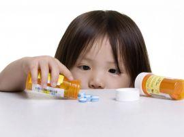 Tự ý cho con dùng kháng sinh, bố mẹ đang hại con đấy!
