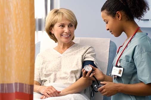 Đẩy lùi bệnh cao huyết áp ở người già